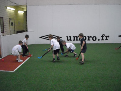 Thibault hockeyeur en herbe.(foot indoor Lyon)