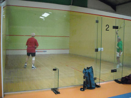 Nos papys se portent bien ! Squash Set et Match Mions.