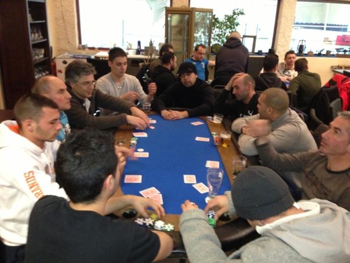 Beau tournoi de foot poker ce samedi 26 janvier !!!