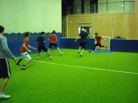 Le Lyon Hockey Club se met au vert. (foot indoor Mions)